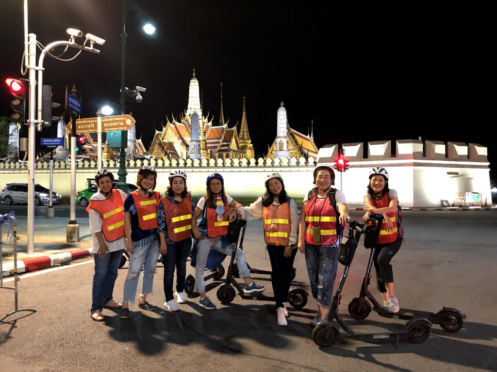 Thailand - Scootering around BangkokGÇÖs ancient sites (credit E-Scooter Bangkok)